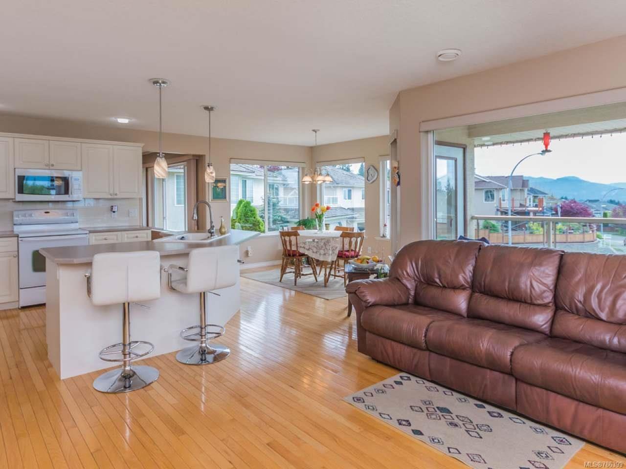 Photo 9: Photos: 5371 HIGHRIDGE PLACE in NANAIMO: Na North Nanaimo House for sale (Nanaimo)  : MLS®# 786399
