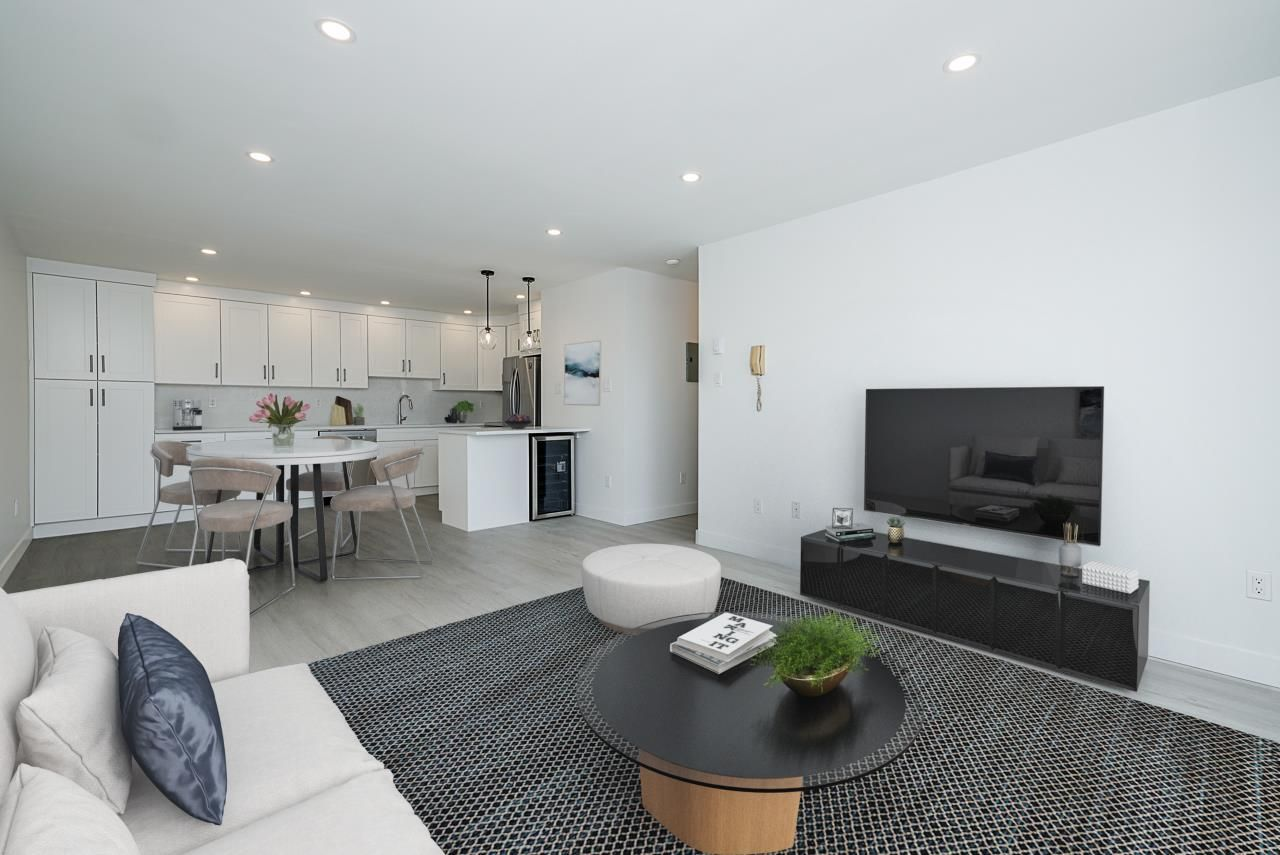 """Main Photo: 123 1202 LONDON Street in New Westminster: West End NW Condo for sale in """"LONDON PLACE"""" : MLS®# R2569504"""