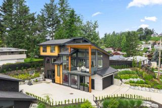 Photo 1: 33191 HILL AVENUE in Mission: Mission BC House for sale : MLS®# R2467766