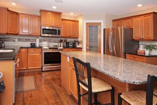 Photo 8: 3 Elmont Rise SW in Calgary: Springbank Hill Detached for sale : MLS®# A1091321
