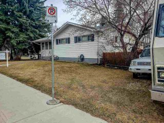Photo 2: 14803 80 Avenue in Edmonton: Zone 10 House for sale : MLS®# E4241200
