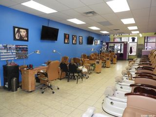 Photo 5: 40 220 Betts Avenue in Saskatoon: Blairmore Commercial for sale : MLS®# SK855118