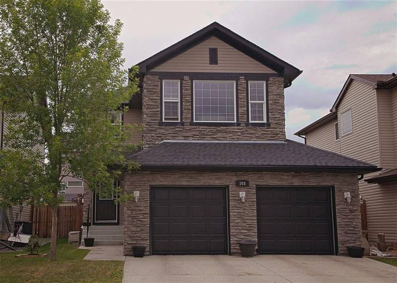 FEATURED LISTING: 303 CRYSTAL GREEN Close Okotoks