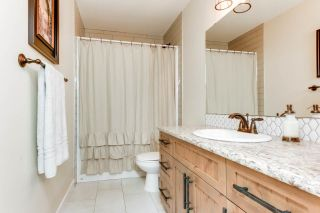 Photo 10: 76 DUNLUCE Road in Edmonton: Zone 27 House for sale : MLS®# E4261665