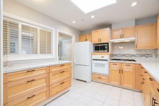 "Photo 12: 402 1281 PARKGATE Avenue in North Vancouver: Northlands Condo for sale in ""Parkgate Place"" : MLS®# R2606726"