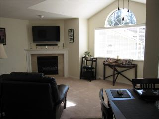 """Photo 5: 216 22515 116TH Avenue in Maple Ridge: East Central Townhouse for sale in """"FRASERVIEW VILLAGE"""" : MLS®# V1127556"""
