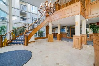"""Photo 3: 207 3098 GUILDFORD Way in Coquitlam: North Coquitlam Condo for sale in """"Malborough House"""" : MLS®# R2449072"""
