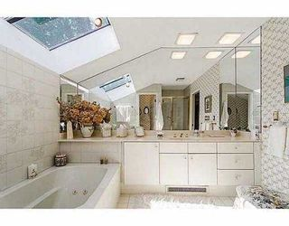 """Photo 11: 5257 ASPEN Crescent in West Vancouver: Upper Caulfeild Townhouse for sale in """"SAHALEE"""" : MLS®# V1023681"""