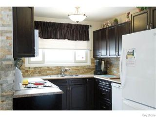 Photo 5: 4 Durham Bay in WINNIPEG: Windsor Park / Southdale / Island Lakes Residential for sale (South East Winnipeg)  : MLS®# 1603969