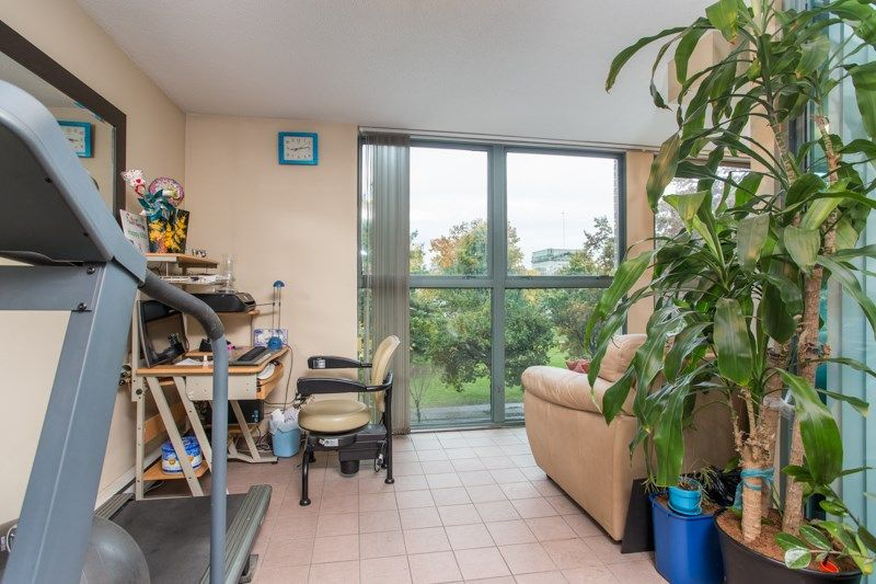 """Photo 17: Photos: 303 1159 MAIN Street in Vancouver: Downtown VE Condo for sale in """"CITY GATE II"""" (Vancouver East)  : MLS®# R2413773"""