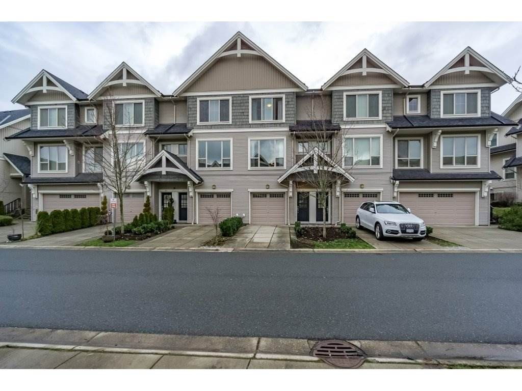 """Main Photo: 219 3105 DAYANEE SPRINGS Boulevard in Coquitlam: Westwood Plateau Townhouse for sale in """"WHITETAIL LANE"""" : MLS®# R2231129"""