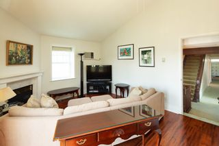 Photo 12: 8134 14TH Avenue in Burnaby: East Burnaby House for sale (Burnaby East)  : MLS®# R2396983
