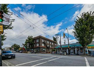 """Photo 15: 302 1689 E 4TH Avenue in Vancouver: Grandview VE Condo for sale in """"ANGUS MANOR"""" (Vancouver East)  : MLS®# V1135533"""