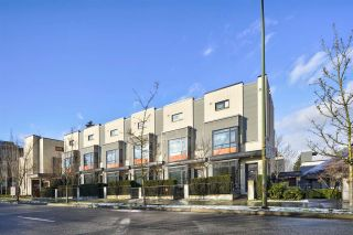 """Photo 2: 1 593 W KING EDWARD Avenue in Vancouver: Cambie Townhouse for sale in """"KING EDWARD GREEN"""" (Vancouver West)  : MLS®# R2539639"""