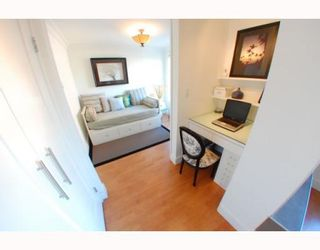 """Photo 7: 1102 1189 HOWE Street in Vancouver: Downtown VW Condo for sale in """"THE GENESIS"""" (Vancouver West)  : MLS®# V779458"""