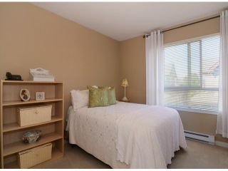 """Photo 7: 13 16772 61ST Avenue in Surrey: Cloverdale BC Townhouse for sale in """"Laredo"""" (Cloverdale)  : MLS®# F1322525"""