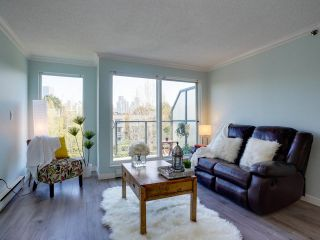 """Photo 3: 24 1345 W 4TH Avenue in Vancouver: False Creek Townhouse for sale in """"Granville Island Village"""" (Vancouver West)  : MLS®# R2564890"""