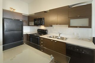 """Photo 7: 416 10707 139TH Street in Surrey: Whalley Condo for sale in """"Aura 2"""" (North Surrey)  : MLS®# F2824909"""