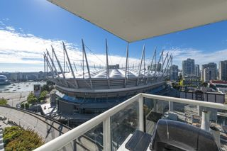 """Photo 18: 1805 161 W GEORGIA Street in Vancouver: Downtown VW Condo for sale in """"COSMO"""" (Vancouver West)  : MLS®# R2620825"""