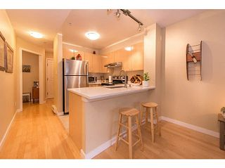 """Photo 14: 206 3278 HEATHER Street in Vancouver: Cambie Condo for sale in """"The Heatherstone"""" (Vancouver West)  : MLS®# V1121190"""