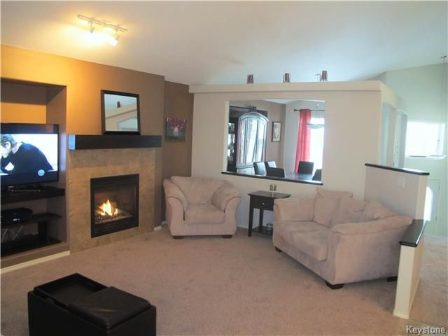 Photo 8: Photos:  in Winnipeg: Transcona Residential for sale (North East Winnipeg)  : MLS®# 1605661