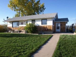 Main Photo: 498110 272 STREET SE: Rural Foothills County Detached for sale : MLS®# A1096992