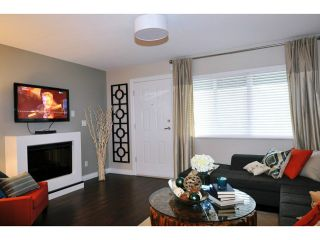 """Photo 3: 8 1268 RIVERSIDE Drive in Port Coquitlam: Riverwood Townhouse for sale in """"SOMERSTONE LANE"""" : MLS®# V1058093"""