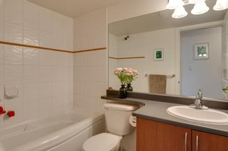 """Photo 15: 204 38003 SECOND Avenue in Squamish: Downtown SQ Condo for sale in """"SQUAMISH POINTE"""" : MLS®# R2327288"""
