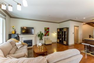 Photo 2: D 2266 KELLY Avenue in Port Coquitlam: Central Pt Coquitlam Townhouse for sale : MLS®# R2500291