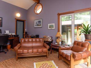 Photo 40: 330 MCLEOD STREET in COMOX: CV Comox (Town of) House for sale (Comox Valley)  : MLS®# 821647