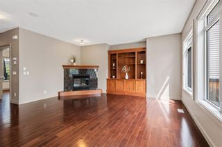 Photo 12: 12485 CRESTMONT Boulevard SW in Calgary: Crestmont Detached for sale : MLS®# C4285011