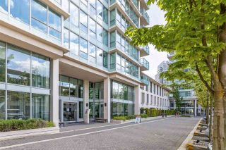 """Photo 4: 2301 2200 DOUGLAS Road in Burnaby: Brentwood Park Condo for sale in """"AFFINITY BY BOSA"""" (Burnaby North)  : MLS®# R2579208"""