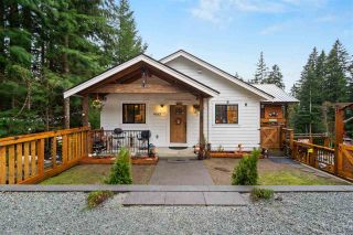 Photo 2: 9933 WATT Street in Mission: Mission BC House for sale : MLS®# R2547838
