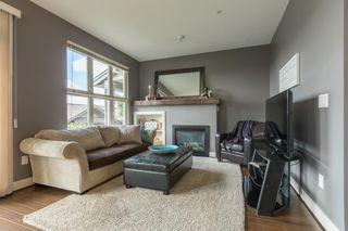 """Photo 5: 22 20326 68 Avenue in Langley: Willoughby Heights Townhouse for sale in """"Sunpointe"""" : MLS®# R2108413"""