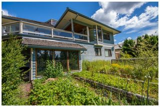 Photo 3: 2598 Golf Course Drive in Blind Bay: Shuswap Lake Estates House for sale : MLS®# 10102219