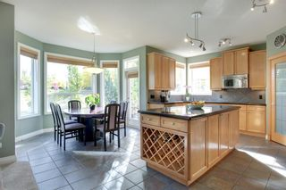 Photo 10: 4 Simcoe Close SW in Calgary: Signal Hill Detached for sale : MLS®# A1038426