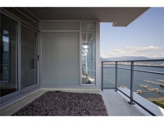 "Photo 10: 2404 1205 W HASTINGS Street in Vancouver: Coal Harbour Condo for sale in ""THE CIELO"" (Vancouver West)  : MLS®# V883729"