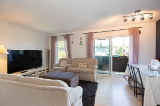 """Photo 3: 403 1065 W 72ND Avenue in Vancouver: Marpole Condo for sale in """"OSLER HEIGHTS"""" (Vancouver West)  : MLS®# R2601485"""