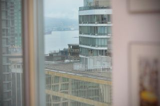 """Photo 12: 2505 1200 W GEORGIA Street in Vancouver: West End VW Condo for sale in """"Residence on Georgia"""" (Vancouver West)  : MLS®# R2613256"""