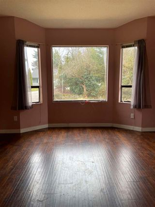 Photo 4: 8211 MILLER Crescent in Mission: Mission BC House for sale : MLS®# R2560174