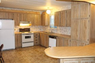 """Photo 8: 55 2120 KING GEORGE Boulevard in Surrey: King George Corridor Manufactured Home for sale in """"Five Oaks"""" (South Surrey White Rock)  : MLS®# R2015484"""