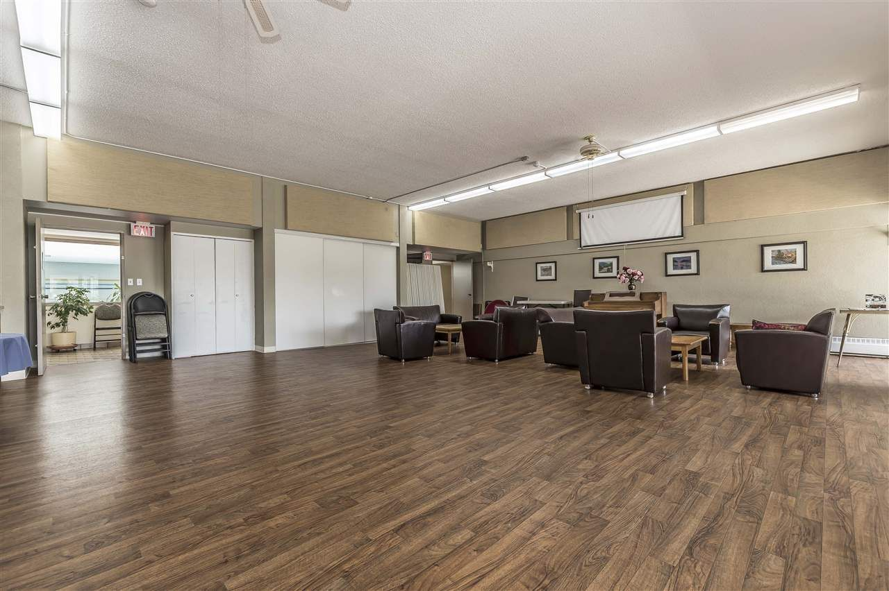 Photo 4: Photos: 211 31955 OLD YALE ROAD in Abbotsford: Abbotsford West Condo for sale : MLS®# R2274586