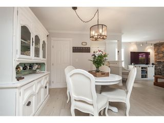 """Photo 7: 513 34909 OLD YALE Road in Abbotsford: Abbotsford East Condo for sale in """"The Gardens"""" : MLS®# R2486024"""