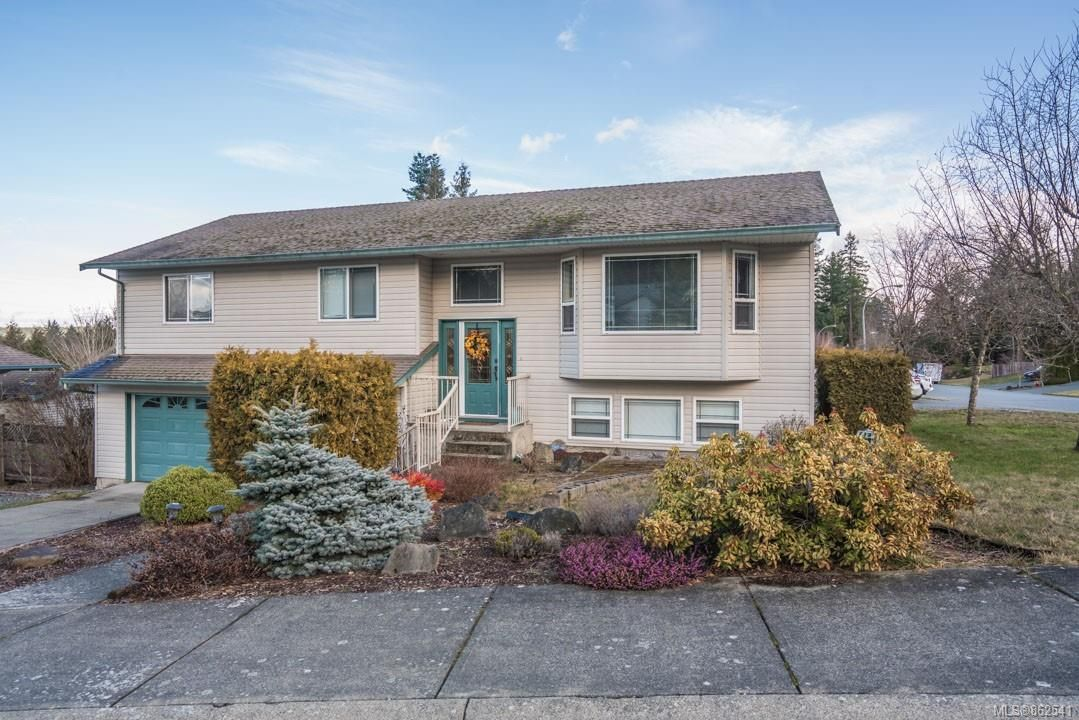 Main Photo: 985 Oliver Terr in : Du Ladysmith House for sale (Duncan)  : MLS®# 862541