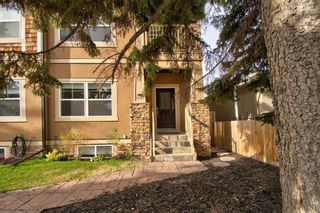 Photo 2: 4607 19 Avenue NW in Calgary: Montgomery Semi Detached for sale : MLS®# A1094225