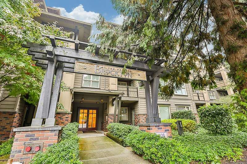 Main Photo: 210 808 SANGSTER PLACE in New Westminster: The Heights NW Condo for sale : MLS®# R2213078