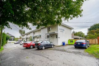 Photo 1: 7 33915 MAYFAIR Avenue in Abbotsford: Central Abbotsford Townhouse for sale : MLS®# R2622415