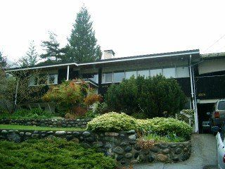 Photo 1: 4576 Marineview Drive in Vancouver: Home for sale