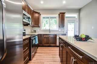 Photo 3: 2360 Penfield Rd in : CR Willow Point House for sale (Campbell River)  : MLS®# 886144