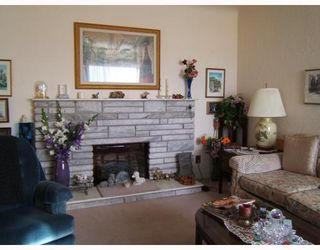 Photo 5: 1518 E 33RD Avenue in Vancouver: Knight House for sale (Vancouver East)  : MLS®# V752684